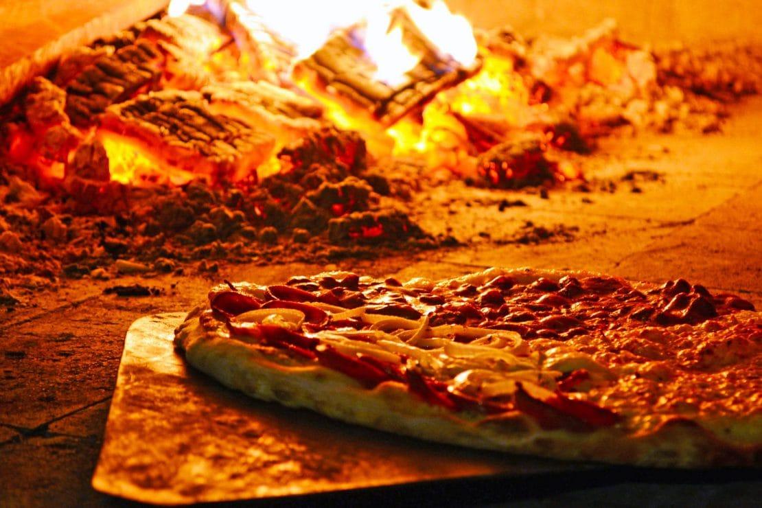 Pizzeria IL FORNO - Horno de leña